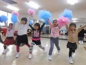 キッズチアダンス(幼児~小学1年生)